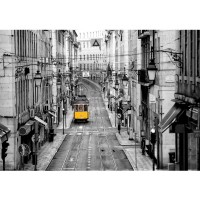 Fototapete Stadt Tapete Straßenbahn, Altstadt, Gassen schwarz - weiß | no. 3286